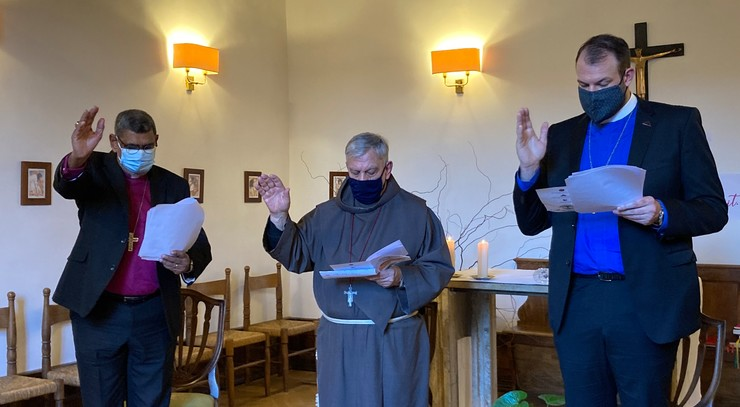 3 mænd i bøn